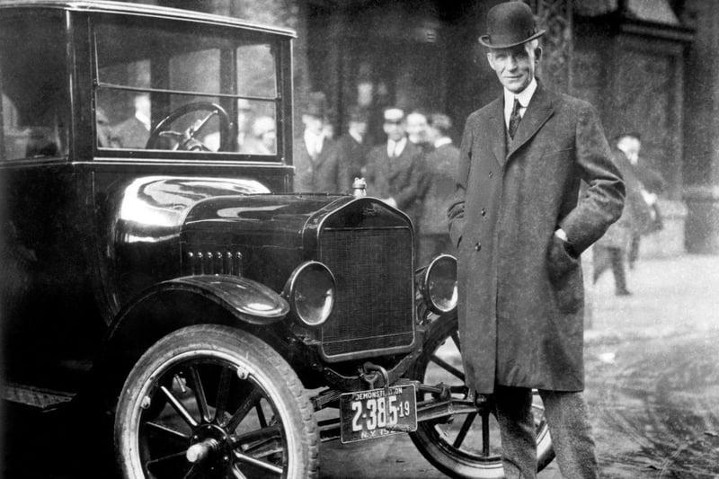 Henry Ford, The V-8 Engine