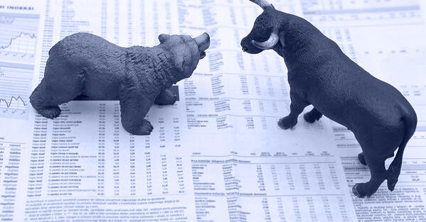 bear_and_bull_facing_off_on_a_stock_market_news_page